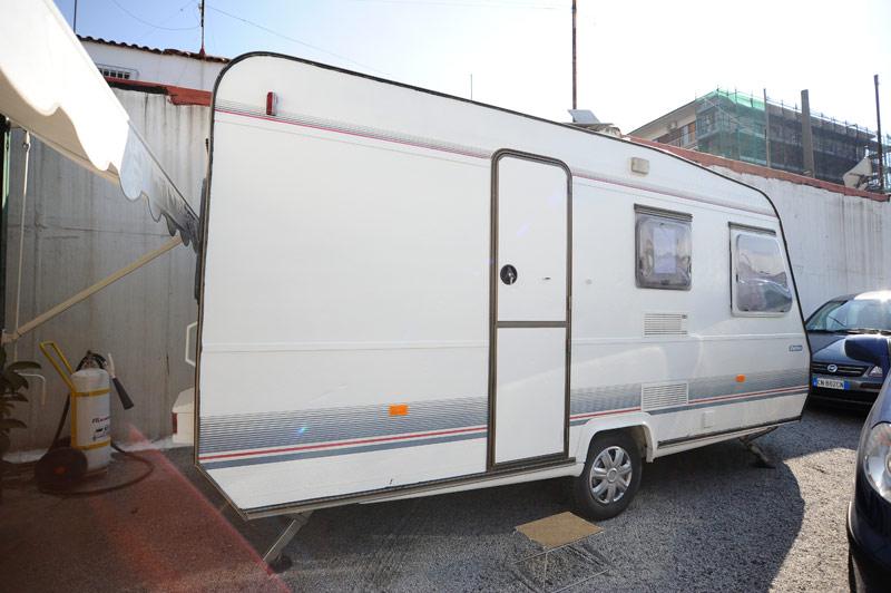 Camper usato caravan roulotte in vendita autos post - Finestre camper usate ...